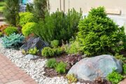 29673135-Natural-stone-landscaping-in-home-garden-Stock-Photo1